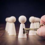 skakbrikker bliver låst op