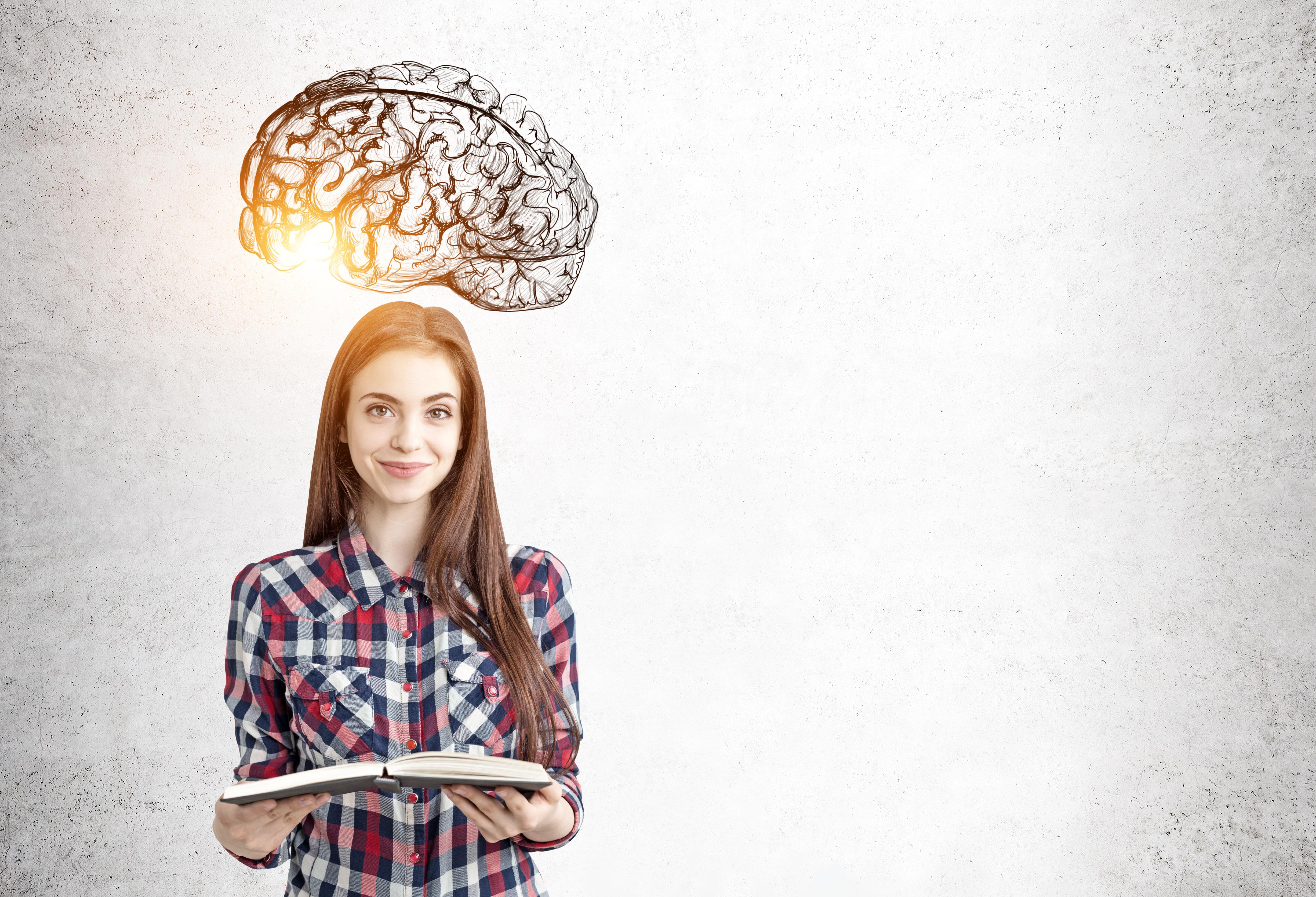 hjernemotiverende undervisning - pige med åben bog